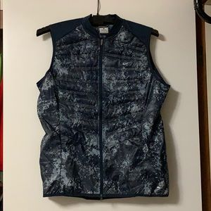 Nike Women's Camo Aeroloft Vest